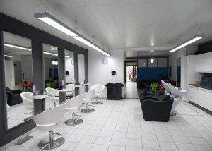 Kapsalon Borsbeek : R-style, een kapperszaak met pit