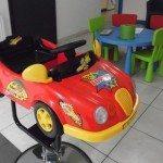 Kinder kapsalon met auto en kinderhoek in Antwerpen, Borsbeek