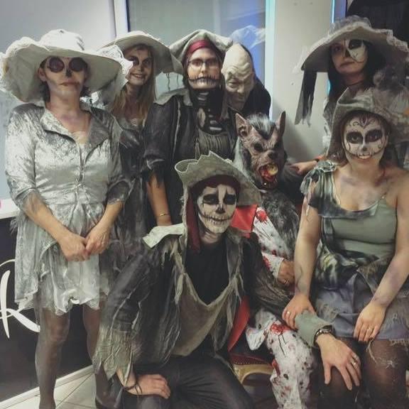 Zombiekappers met pit - dat moet R-style in Borsbeek (Antwerpen) zijn : de beste kappers